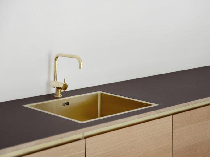 5 arki-studio-ikea-hack-køkken-linoleum-egetræ-min
